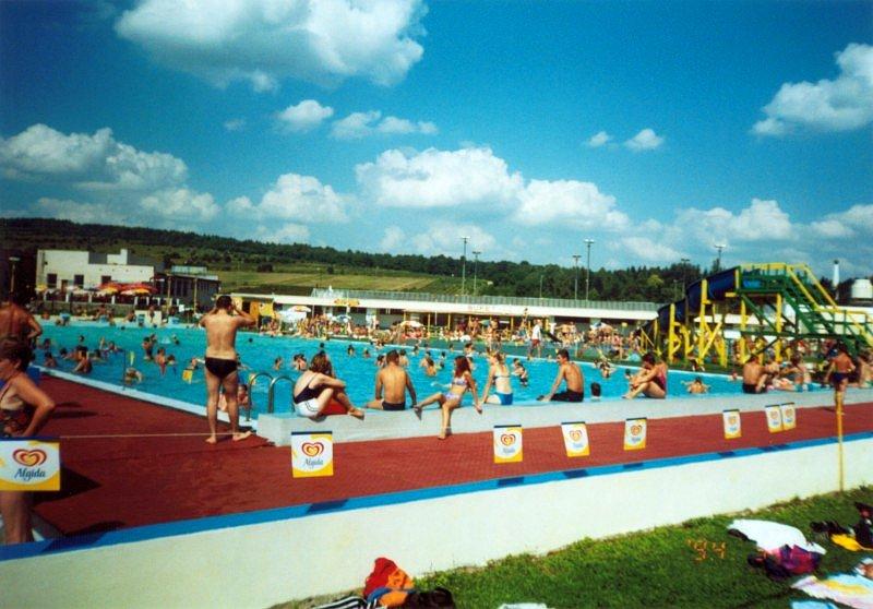 plavecký bazén Svidník rok 2000