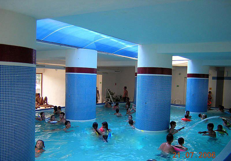 prvý krytý bazén rok 2006