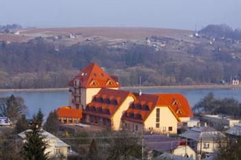 Hotel Ondava White Horse Stropkov